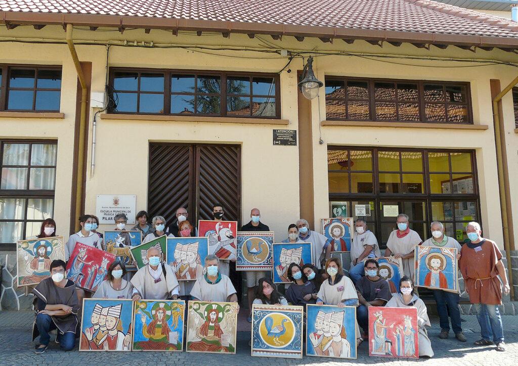 Presentación de las reproducciones de pintura mural románica y gótica.